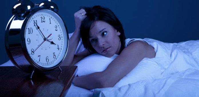 ¿Qué hago para combatir el insomnio? Recomendaciones para dormir bien